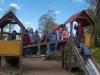 Lapsed mänguväljakul